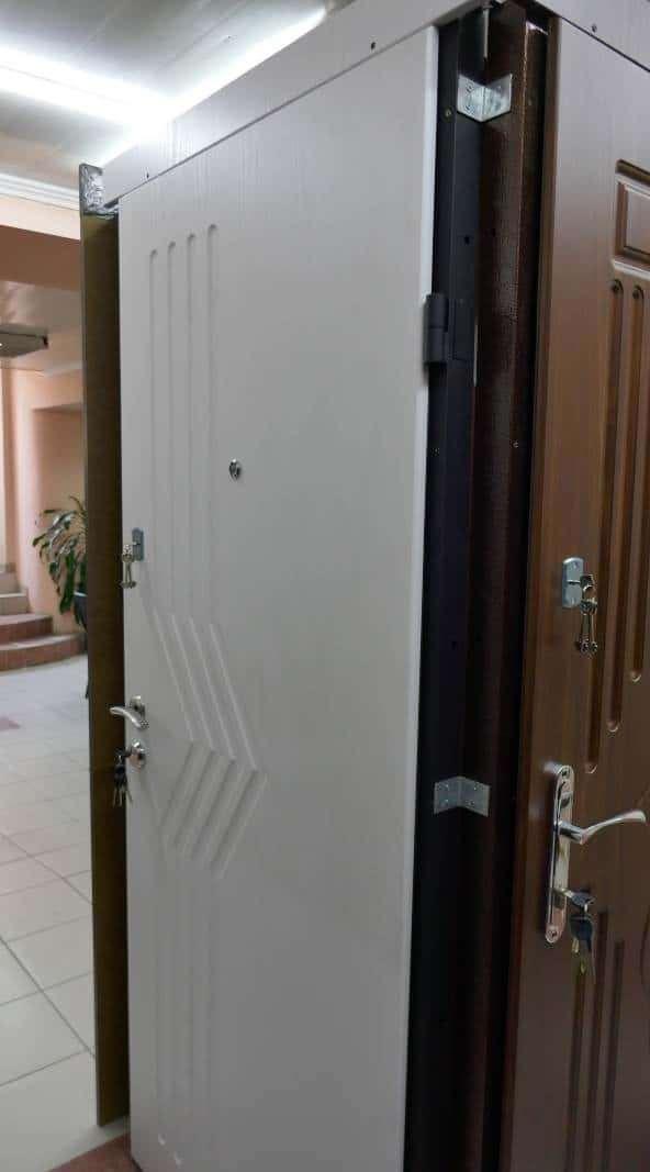 Фото входных дверей серии UBD Модель 2